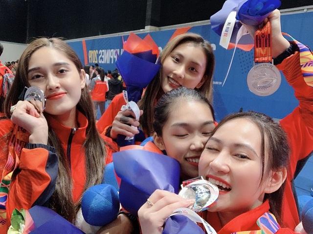 Nhan sắc ngọt ngào của cô gái giành HCB SEA Games 30 môn kiếm chém - 1