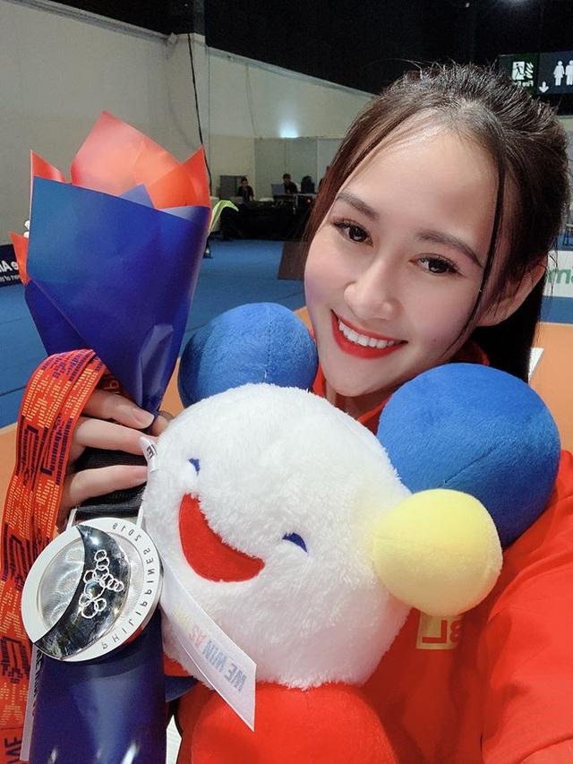 Nhan sắc ngọt ngào của cô gái giành HCB SEA Games 30 môn kiếm chém - 2