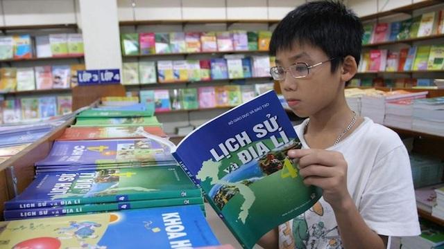 Sách giáo khoa phải là cuốn sách tự học của học sinh - 2
