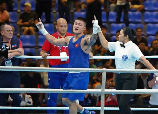 Áp đảo đối thủ, Trương Đình Hoàng vẫn thua ở trận chung kết boxing - 1