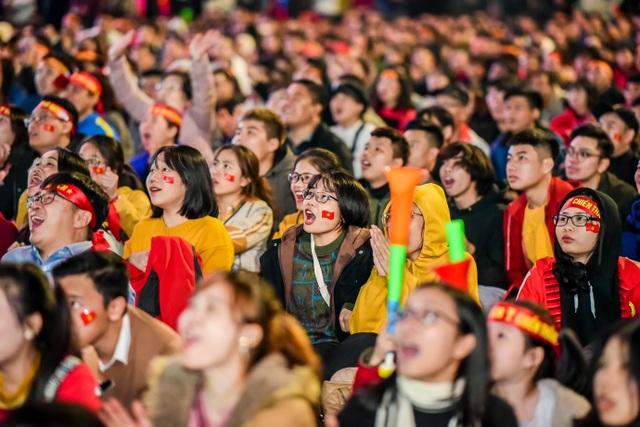 Tối nay, Hà Nội mở đại tiệc bóng đá trước nhà hát lớn, chờ U22 bất bại rinh vàng lịch sử! - 3