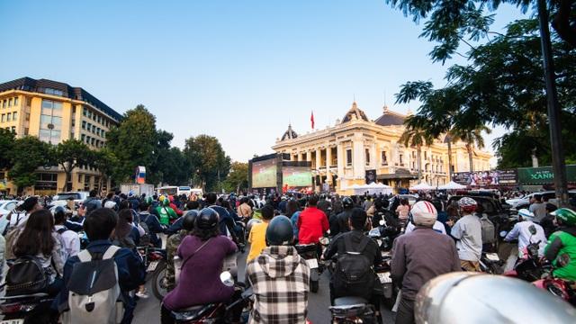 Tối nay, Hà Nội mở đại tiệc bóng đá trước nhà hát lớn, chờ U22 bất bại rinh vàng lịch sử! - 5
