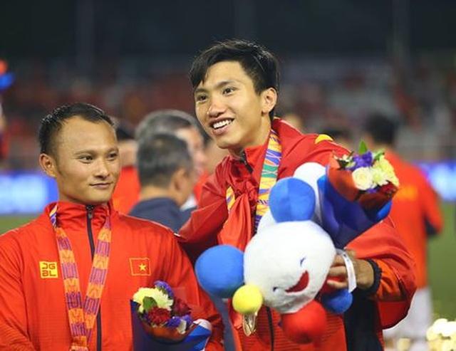 Heerenveen chúc mừng Văn Hậu và U22 Việt Nam giành HCV SEA Games 30 - 3