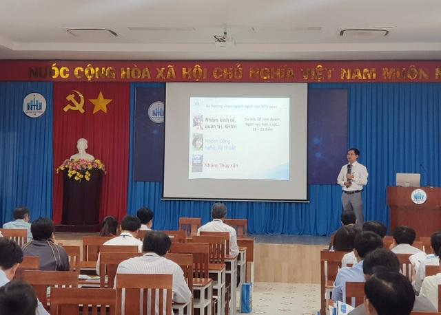 Khánh Hòa: Gần 100 giáo viên dự hội thảo hướng nghiệp cho học sinh THPT - 2