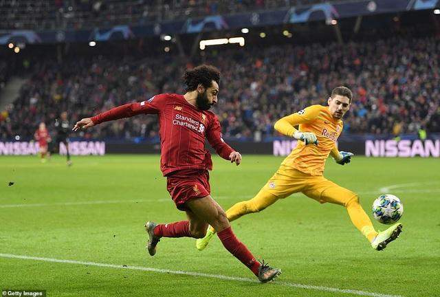 Ghi 2 bàn trong 2 phút, Liverpool giành vé vào knock-out Champions League - 4