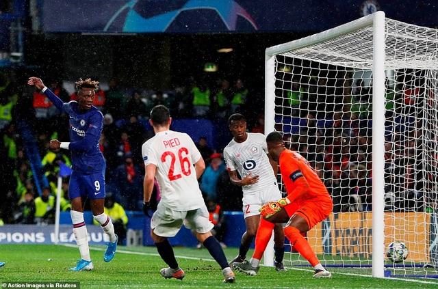 Chelsea vượt khó thành công, Ajax bị loại sau vòng bảng - 3