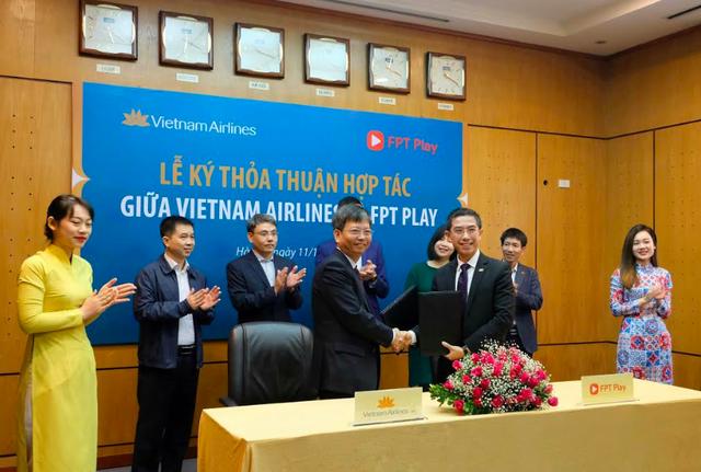 Vietnam Airlines triển khai ứng dụng FPT Play trên chuyến bay nội địa - 2