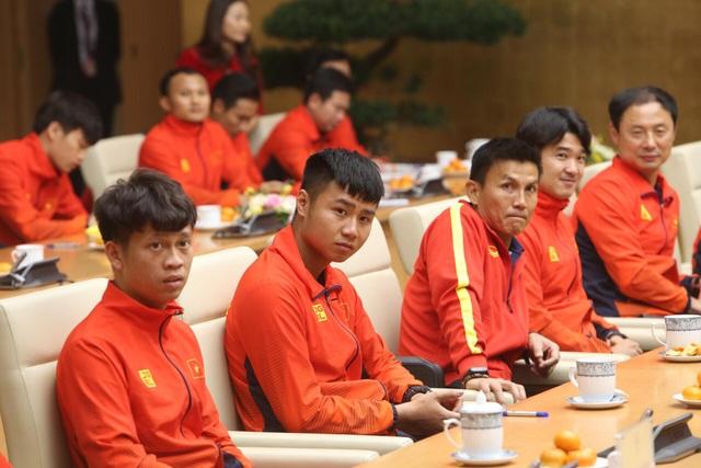 Thủ tướng: Sau các cầu thủ là cả dân tộc, là bản lĩnh, khát vọng Việt Nam - 19