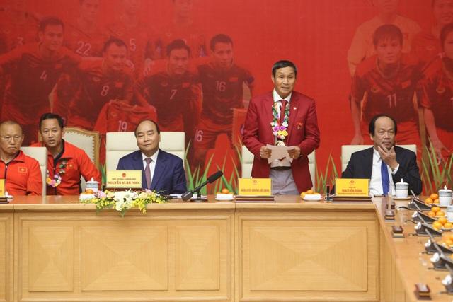 Thủ tướng: Sau các cầu thủ là cả dân tộc, là bản lĩnh, khát vọng Việt Nam - 24