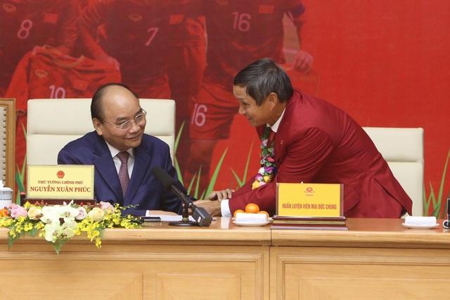 Thủ tướng: Sau các cầu thủ là cả dân tộc, là bản lĩnh, khát vọng Việt Nam - 13