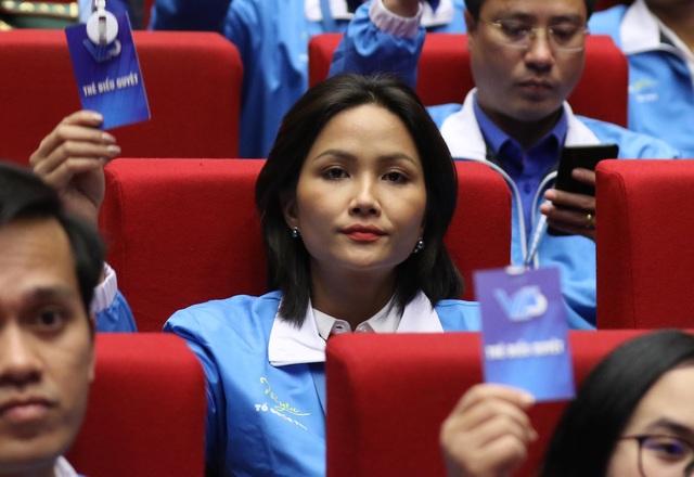 Quang Hải, HHen Niê vào Ủy ban Trung ương Hội Liên hiệp Thanh niên Việt Nam khóa 8 - 4