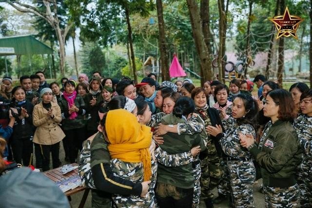 Học viên thăng hoa cảm xúc sau khóa huấn luyện đặc biệt Wake Up Leader Camp - 3