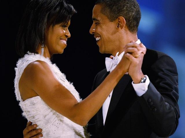 Rời Nhà Trắng, thu nhập khủng của cựu Tổng thống Obama đến từ đâu? - 1