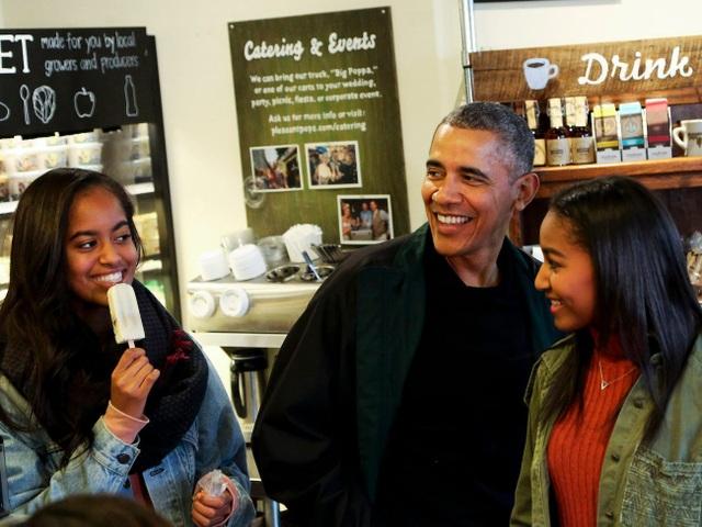 Rời Nhà Trắng, thu nhập khủng của cựu Tổng thống Obama đến từ đâu? - 10