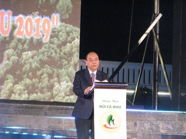 Thủ tướng dự lễ khánh thành Cột cờ Hà Nội tại Mũi Cà Mau - 1