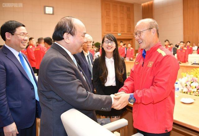 Chiều nay Thủ tướng gặp mặt 2 đội bóng vô địch SEA Games - 1