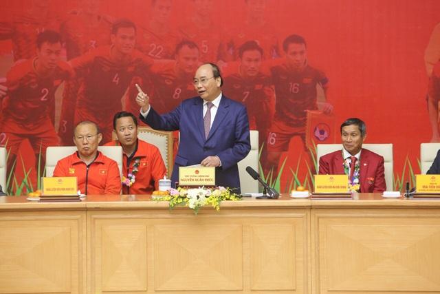 Thủ tướng: Sau các cầu thủ là cả dân tộc, là bản lĩnh, khát vọng Việt Nam - 3