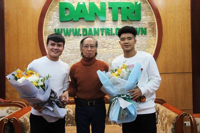 Bộ đôi Quang Hải và Đức Chinh giao lưu trực tuyến cùng độc giả Dân trí - 1
