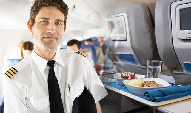 Tại sao các phi công luôn dùng suất ăn khác với phần ăn của hành khách? - 3