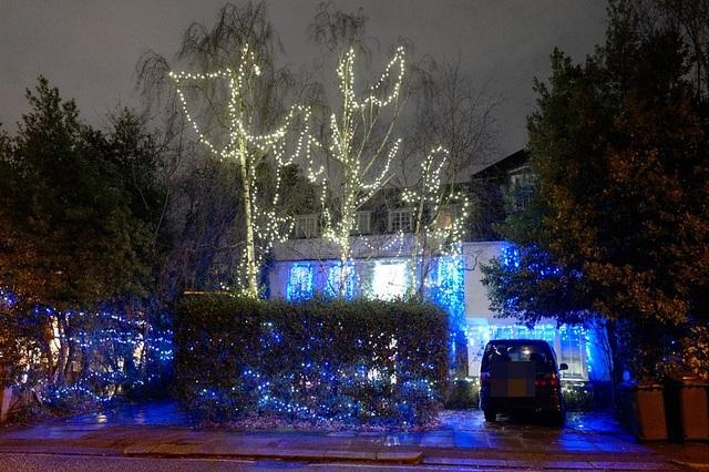 Sao trang hoàng nhà cửa lộng lẫy đón Giáng sinh - 10