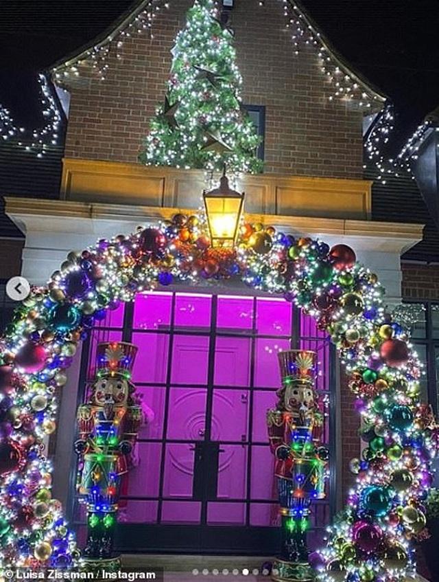 Sao trang hoàng nhà cửa lộng lẫy đón Giáng sinh - 12