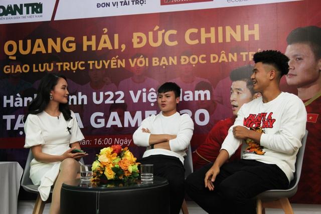 Bộ đôi Quang Hải và Đức Chinh giao lưu trực tuyến cùng độc giả Dân trí - 4