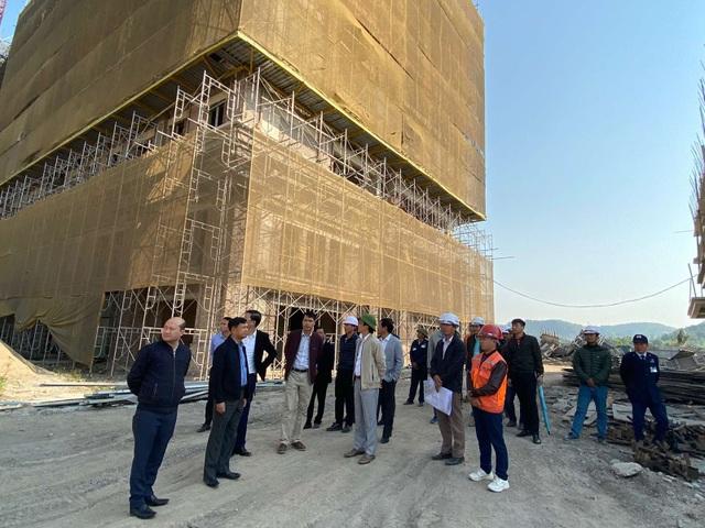 Chủ tịch FLC thị sát tiến độ xây dựng khu đô thị ven biển hiện đại bậc nhất Quảng Ninh - 4