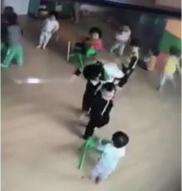 Cho rằng cô giáo đánh trẻ, thiếu trung thực, phụ huynh cho con nghỉ học - 2