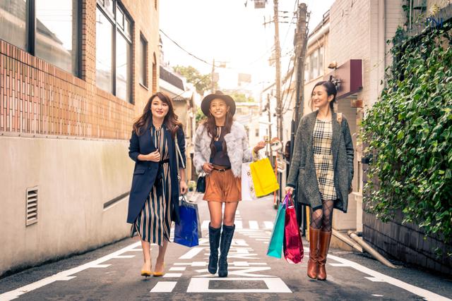 Đi tìm phong cách mua sắm khác biệt của Millennials Việt - 1