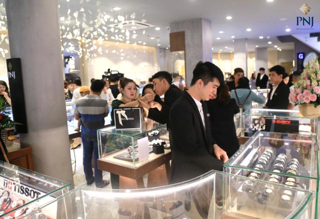 Đi tìm phong cách mua sắm khác biệt của Millennials Việt - 2