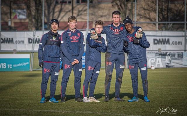 Công Phượng miệt mài tập luyện chờ ngày được ra sân ở Sint Truidense - 6