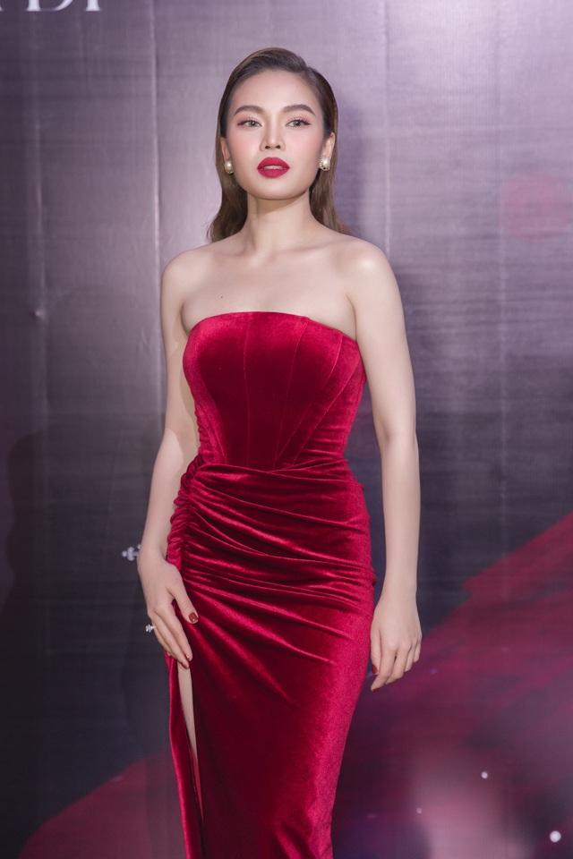 Chồng Giang Hồng Ngọc khiến Việt Anh stress khi nhờ vả giúp vợ - 2
