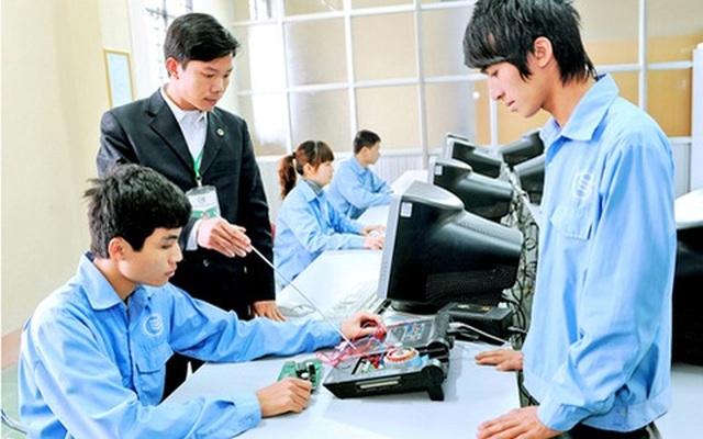 Từ 26/9: Quy định mới về xếp lương cho viên chức giáo dục nghề nghiệp - 2