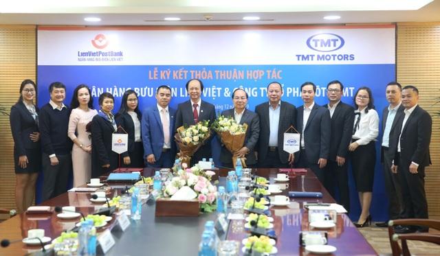 LienVietPostBank ký kết thỏa thuận hợp tác với Công ty Ô tô TMT - 2