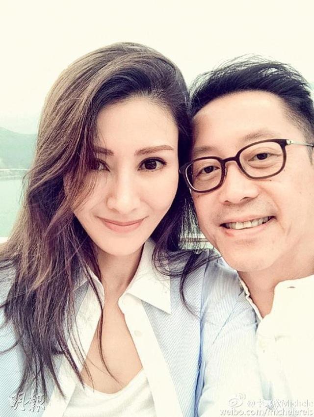 """Từng bị chỉ trích là """"tiểu tam"""", """"Hoa hậu đẹp nhất Hồng Kông"""" giờ viên mãn bên chồng con - 9"""