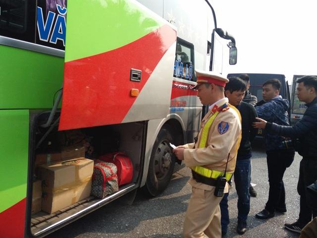 Cảnh sát triển khai máy thử ma túy mới trên các tuyến cao tốc, quốc lộ - 3
