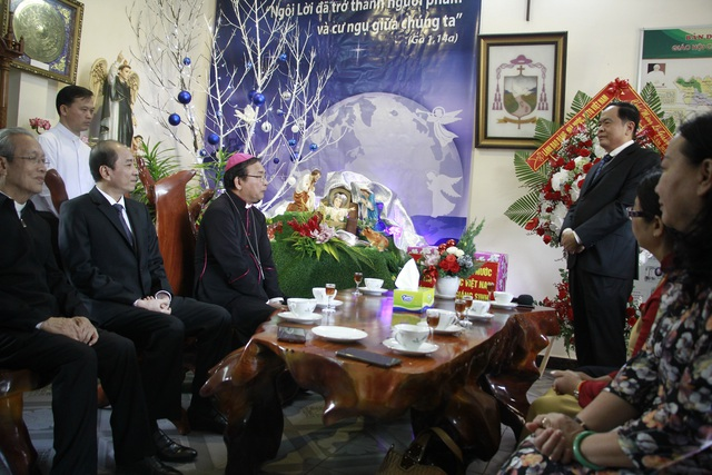 Chủ tịch MTTQ Việt Nam chúc mừng Giáng sinh Giáo phận Ban Mê Thuột - 1