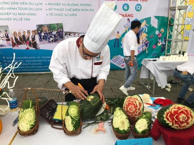 Đào tạo cao đẳng nghề đầu bếp, lễ tân... theo chuẩn của CHLB Đức - 2