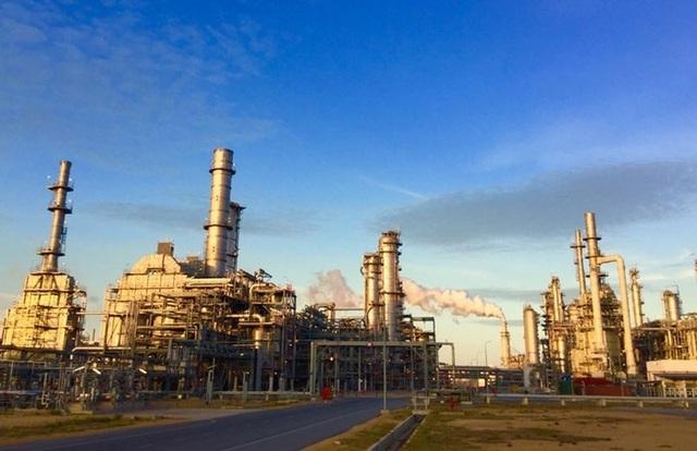 Lọc hóa dầu Nghi Sơn đã đáp ứng được 33% nhu cầu nhiên liệu của Việt Nam - 1