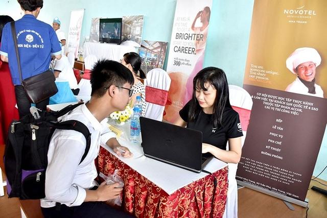 Phân luồng học sinh THCS, THPT: Cần tăng sức hấp dẫn của giáo dục nghề nghiệp - 1