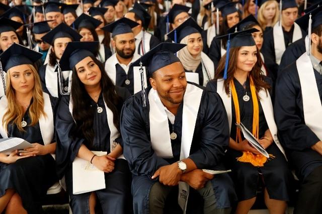 Không SAT, ACT: Học bổng du học Mỹ lên đến 100.000 USD tại đại học Elmhurst năm 2020 - 3