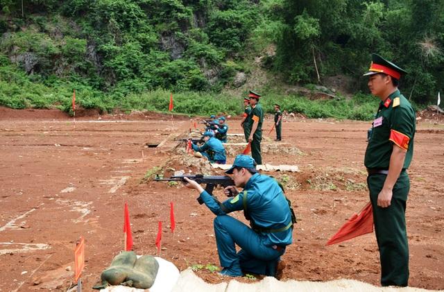 Xây dựng dân quân tự vệ vững mạnh, đáp ứng yêu cầu xây dựng và bảo vệ Tổ quốc - 5