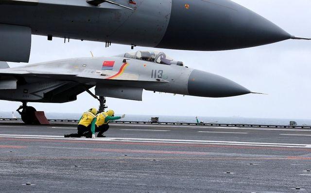 Nga nói Trung Quốc sao chép trái phép hàng loạt vũ khí của Moscow - 1