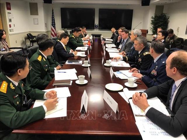 Món quà đặc biệt Thượng tướng Nguyễn Chí Vịnh tặng Thượng Nghị sĩ Mỹ - 1