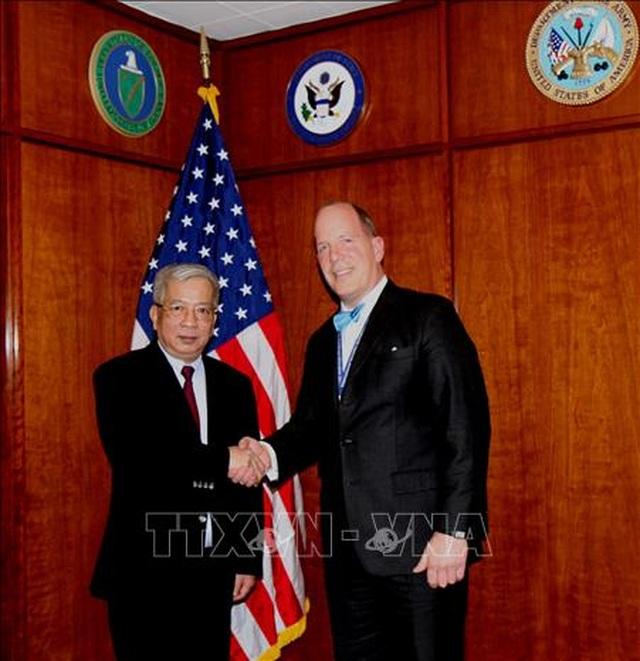 Món quà đặc biệt Thượng tướng Nguyễn Chí Vịnh tặng Thượng Nghị sĩ Mỹ - 2