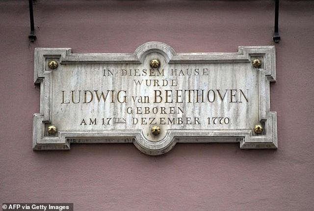 Tranh cãi việc để trí tuệ nhân tạo hoàn tất Bản giao hưởng số 10 của Beethoven - Ảnh minh hoạ 3