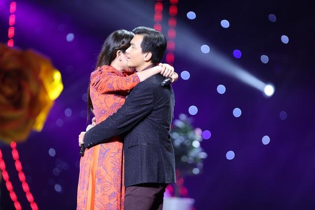 Đạo diễn - diễn viên Nguyễn Công Vượng xác lập kỷ lục Việt Nam - 15