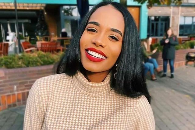 Nụ cười toả nắng và tài năng đặc biệt của Hoa hậu thế giới 2019 - 16