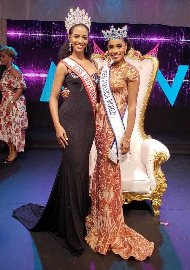 Nụ cười toả nắng và tài năng đặc biệt của Hoa hậu thế giới 2019 - 25