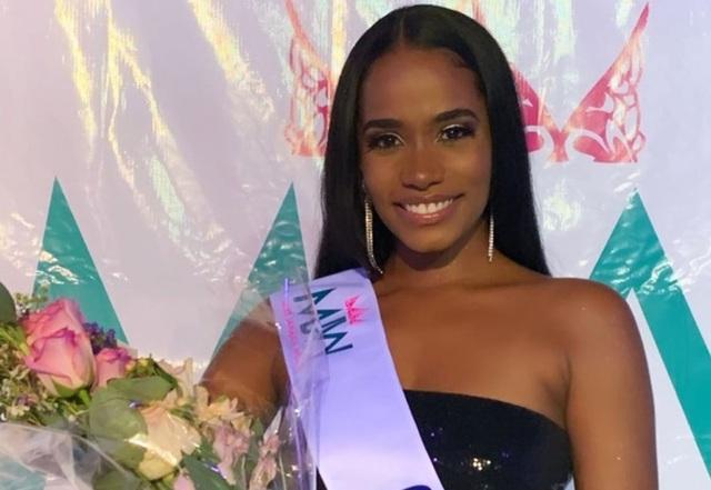 Nụ cười toả nắng và tài năng đặc biệt của Hoa hậu thế giới 2019 - 18